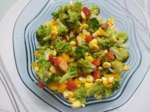 Broccoli-corn -pepper salad