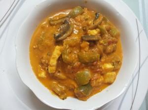 Capsicum-mushroom -paneer masala